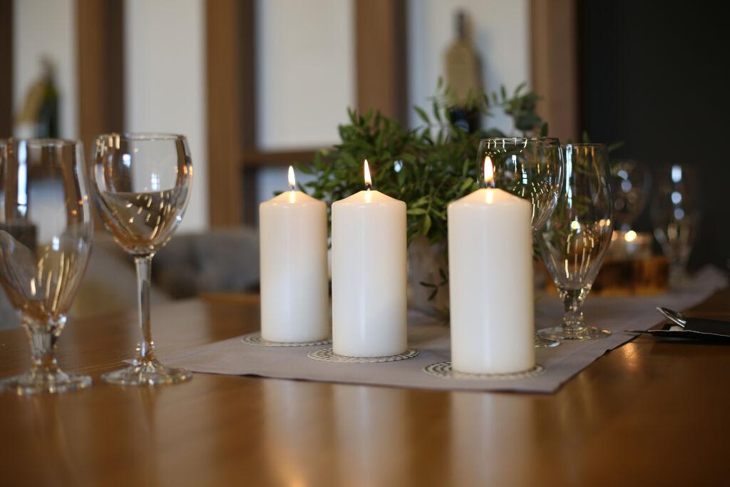 świece stołowe